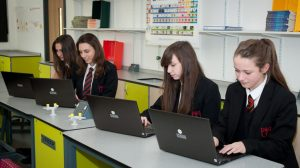 Laptops-in-the-Classroom-1024x575